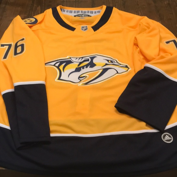online retailer f3700 165e4 Nashville Predators P.K. Subban Jersey - New - XL